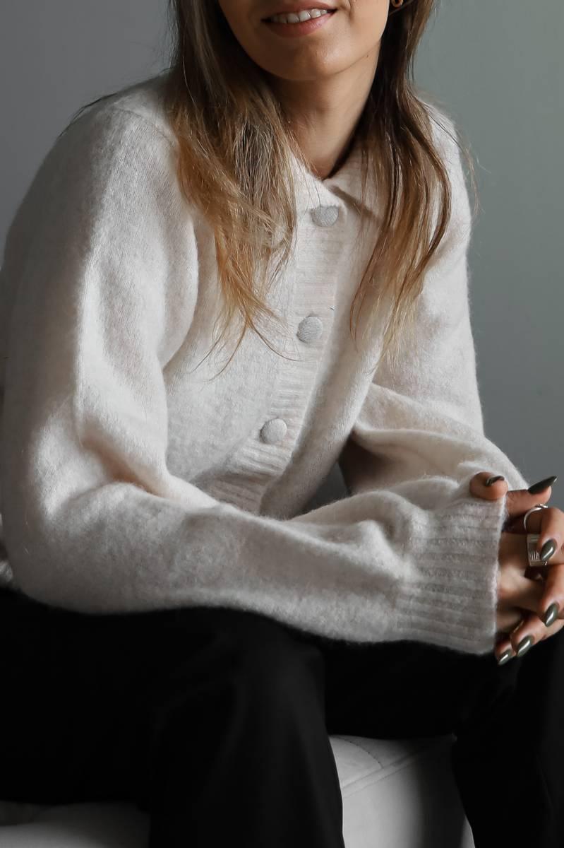 SELECTED FEMME - HVIT SIA LOUISA STRIKKET CARDIGAN